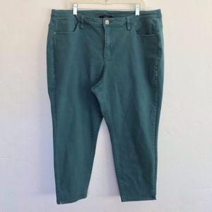 Lane Bryant Green Cropped Stretchy Pants Size 22